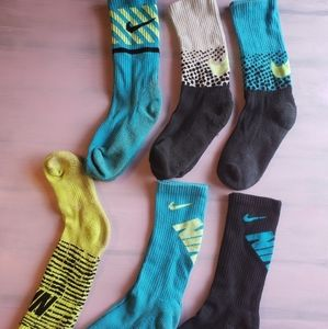 Kid's Nike Crew Socks - 6 Pair - Sz M
